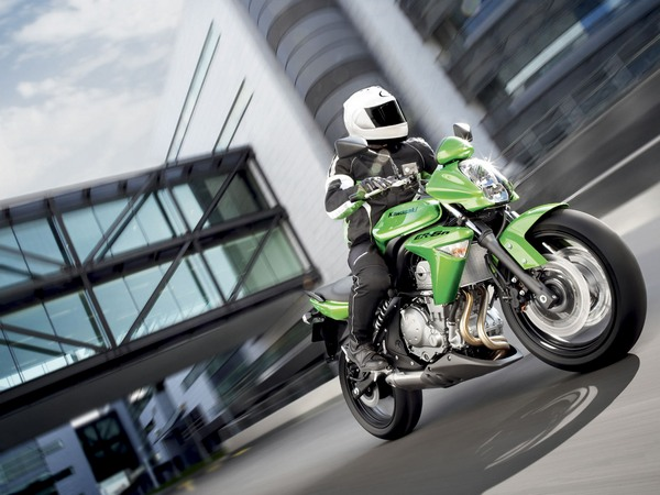 Фотогалерея мотоцикла Kawasaki Er-6n - фото 6