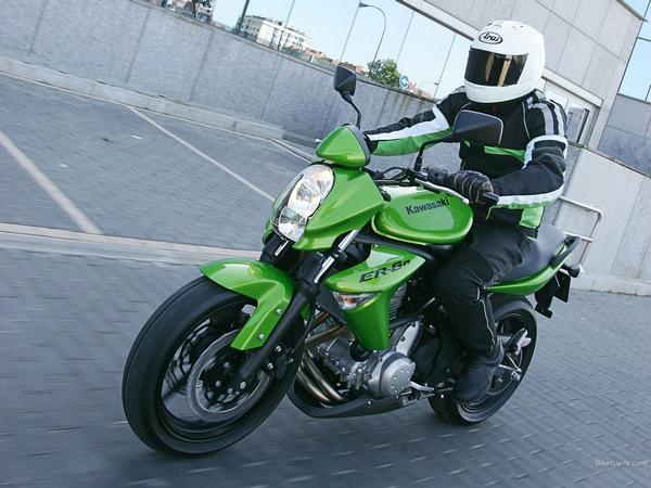 Фотогалерея мотоцикла Kawasaki Er-6n - фото 7