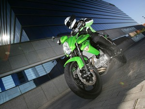 Особенности технической начинки мотоцикла  Kawasaki Er-6n