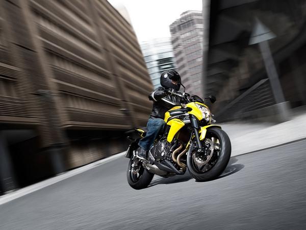 Фотогалерея мотоцикла Kawasaki Er-6n - фото 3