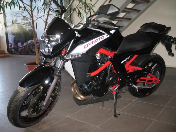 Фотогалерея мотоцикла СFMOTO 650 NK - фото 1