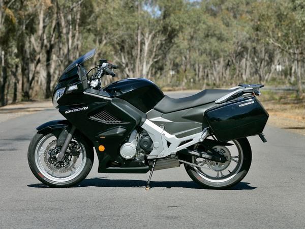 Фотогалерея мотоцикла CFMoto 650 ТК - фото 10