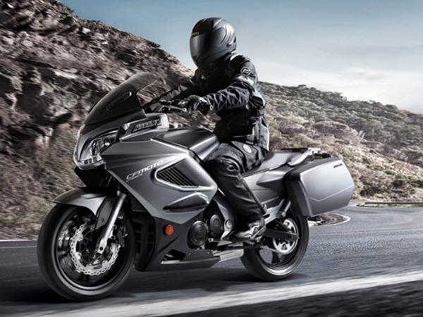 Фотогалерея мотоцикла CFMoto 650 ТК - фото 2
