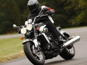 Triumph Rocket III - мотоцикл для настоящих мужчин