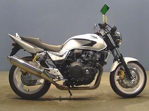 Мотоцикл не был оснащен защитой от ветра
