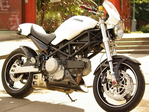 Фотогалерея Ducati Monster 400 фото - 7