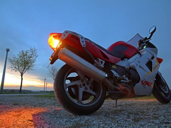 Фотогалерея Honda VFR 800 - фото 12
