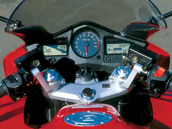 Фотогалерея Honda VFR 800 - фото 3