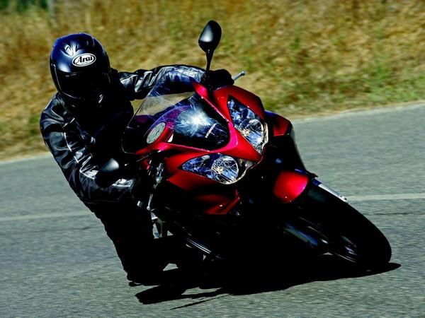 Фотогалерея Honda VFR 800 - фото 4