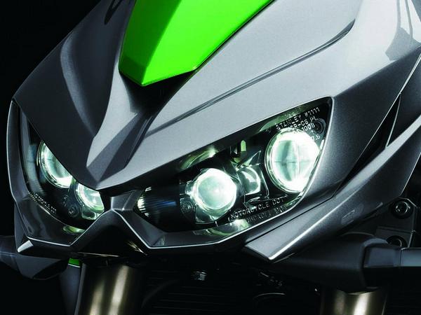 Фотогалерея мотоцикла Kawasaki Z1000 - фото 10