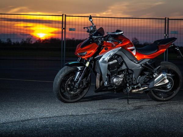 Фотогалерея мотоцикла Kawasaki Z1000 - фото 11