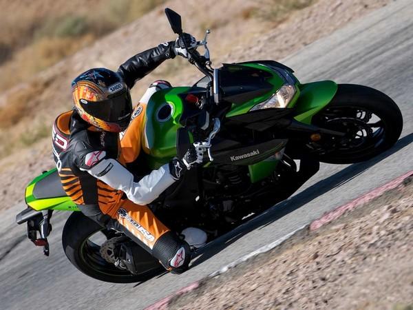 Фотогалерея мотоцикла Kawasaki Z1000 - фото 14