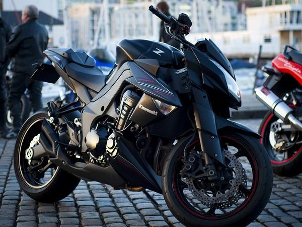 Фотогалерея мотоцикла Kawasaki Z1000 - фото 5