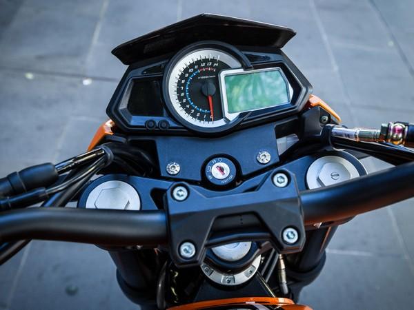 Фотогалерея мотоцикл Stels Benelli 300 фото - 1