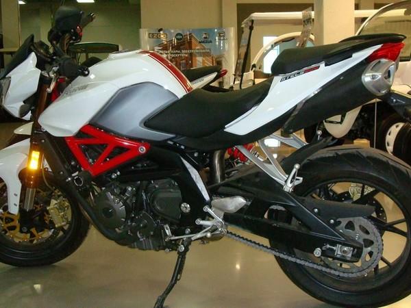 Фотогалерея характеристики мотоциклов Stels 600 Benelli фото - 3