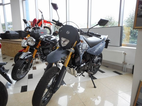 Фотогалерея мотоцикла Motard 200 фото - 1